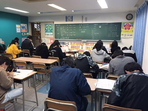 養老町の東部校、入試前最終日。最後の生徒を送りだしました!(畑野)