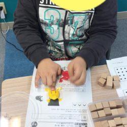 養老町の東部校、金曜日はパズル道場です!考える力を楽しく鍛えます(畑野)