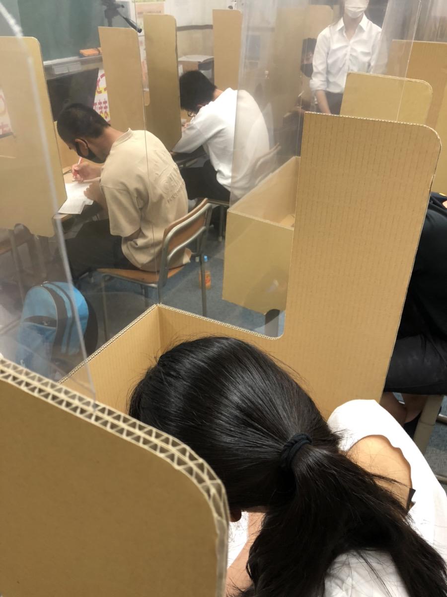 養老町の高田校です。高田中のテストまであと3日。みんな集中して頑張っています!