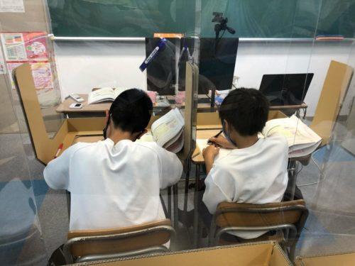 養老町の東部校、小6は並べ方です。樹形図の書き方、身につけましたね!(畑野)
